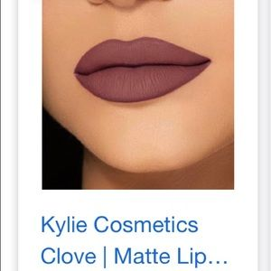 Kylie Cosmetics Makeup - Kylie lip kit - clove (used)